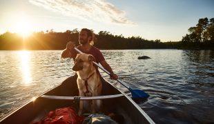 Kanu fahren mit Hund